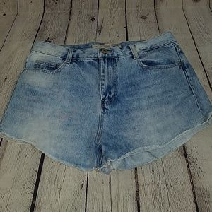 ZARA premium wash jean shorts, sz US8